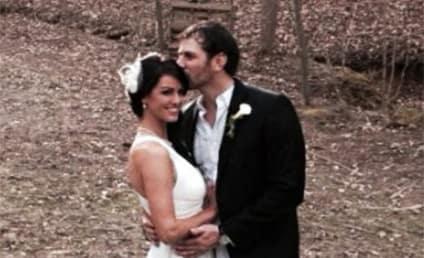 Bachelor star Elizabeth Kitt weds Bachelorette s Ty Brown