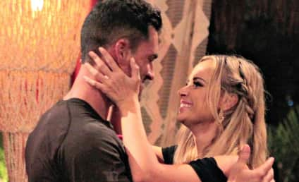 Josh Murray and Amanda Stanton: Living Together! Very Rich!