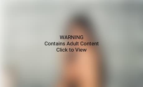 Olivia Munn Topless