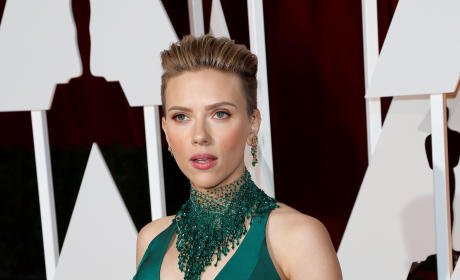 Scarlett Johansson at the 2015 Oscars