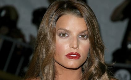 Jessica Simpson: Hot and Wet