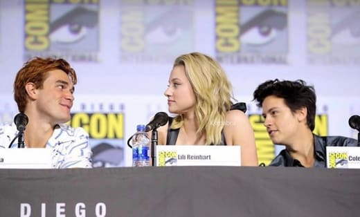 """Riverdale"" Cast Speaks At Comic-Con"