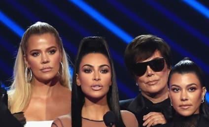 Kim Kardashian Accepts People's Choice Award, Addresses Devastating California Wild Fire