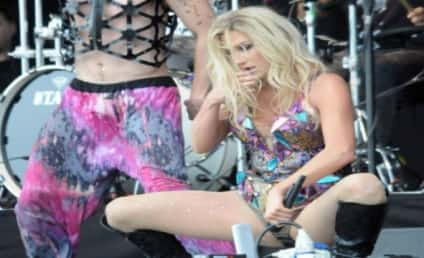 Ke$ha to Fans: THANK YOU SOOO MUCH for Support!