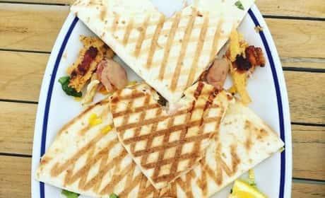 Lindsay Lohan Food Photo