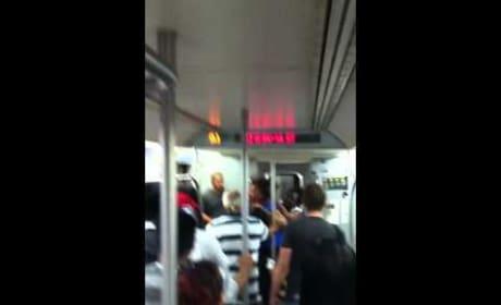 Crazy Chicks Fight on Subway