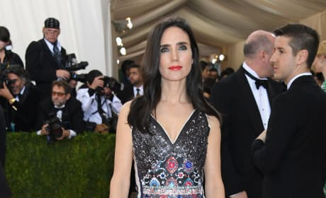 Jennifer Connelly: 2016 Costume Institute Gala