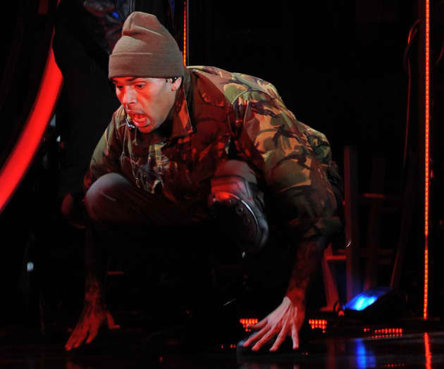 Chris Brown Gets Low