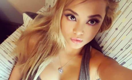 Tila Tequila Snaps Selfie