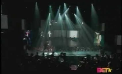 Chris Brown BET Awards Tribute to Michael Jackson: Tears Flow For the Man in the Mirror
