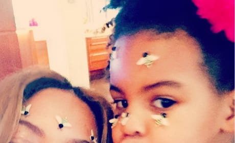 Beyonce and Blue Selfie