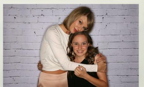 Taylor Swift with a Fan