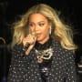 Beyonce Grabs a Mic
