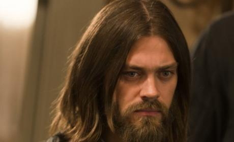 Jesus Is Fearing for the Hilltop Colony on The Walking Dead