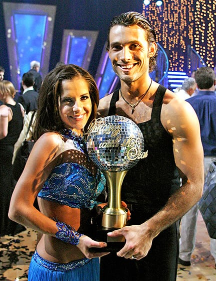 TV tonight: 'Dancing With the Stars' welcomes past champs