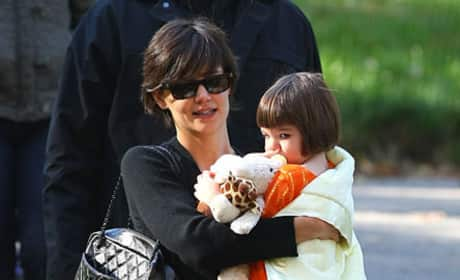 Katie Holmes and Suri Cruise Picture