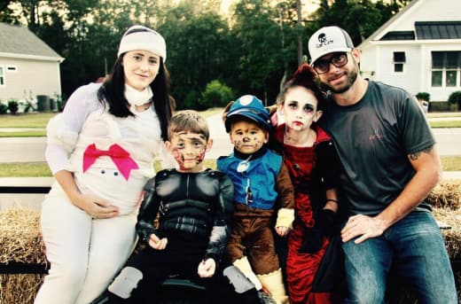 Jenelle Evans family Halloween pic