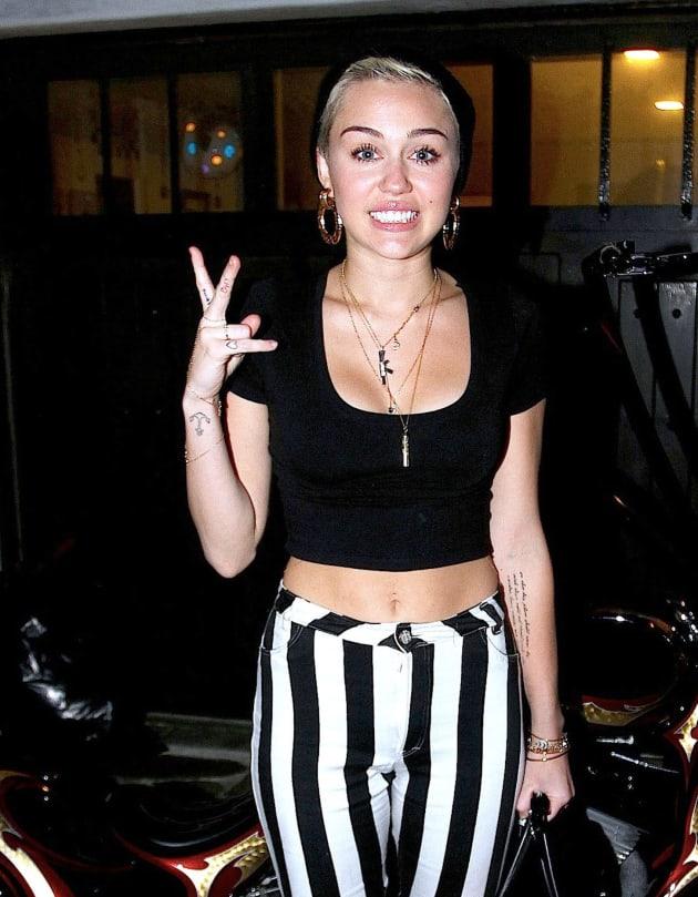 Miley, Short Hair
