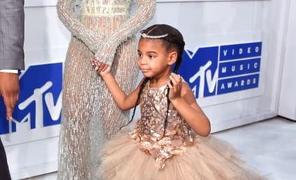 MTV Video Music Awards 2016: Beyonce and Blue Ivy Own The Red Carpet