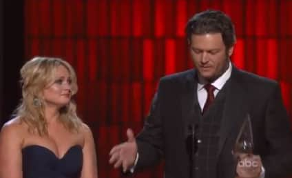 Blake Shelton CMA Awards Acceptance Speech Makes Miranda Lambert Cry
