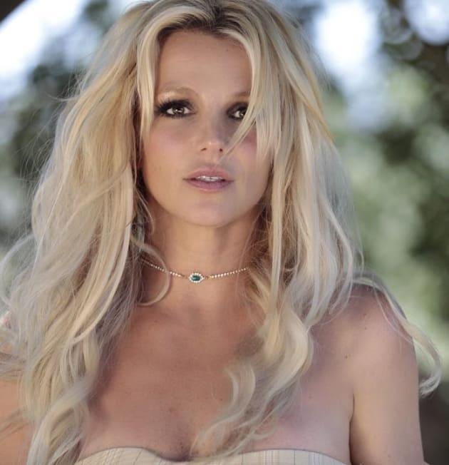 Britney Spears Looks Flawless