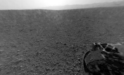 NASA Curiosity Rover Lands Safely on Mars