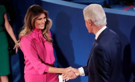 """Melania Trump Wears """"Pussy-Bow"""" Top To Presidential Debate"""
