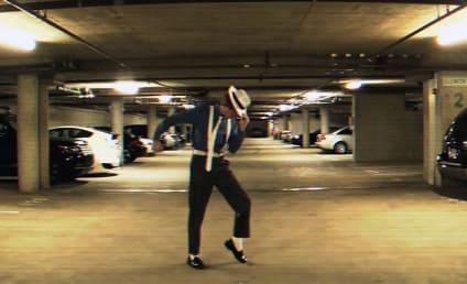 Brett Nichols, AMAZING Michael Jackson Impersonator, Dances to Smooth Criminal