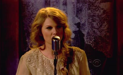 Taylor Swift Plans Benefit for Tornado Victims