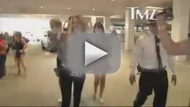 Brooke Mueller to Paparazzi: Snap Away!