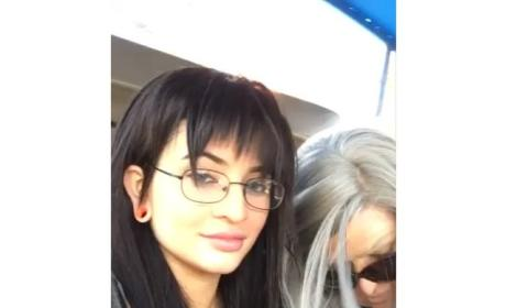 Khloe Kardashian, Kylie and Kendall Jenner Wear Disguises on Hollywood Tour