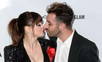Rose McGowan and Davey Detail: Married!