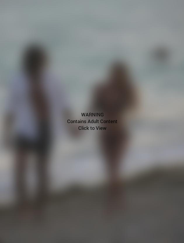 Shauna Sand Bikini Photo
