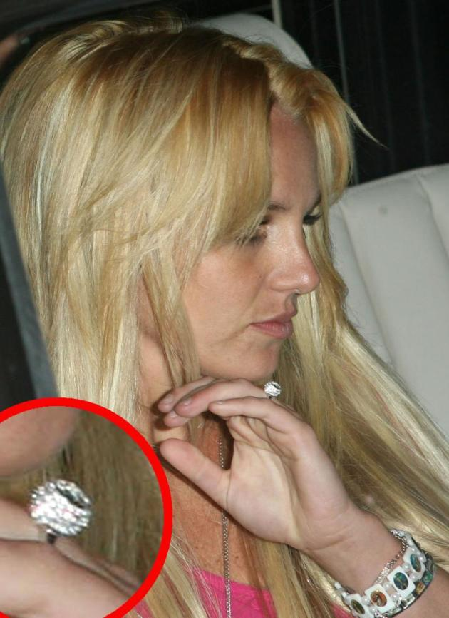 Britney Spears Engagement Ring?!