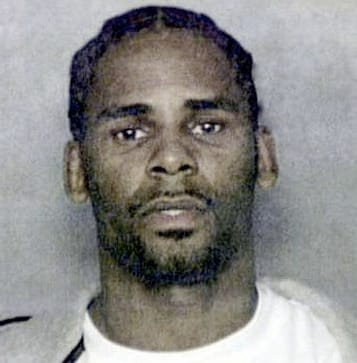 R kelly peeing on a woman