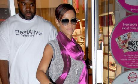 Rihanna, Glasses