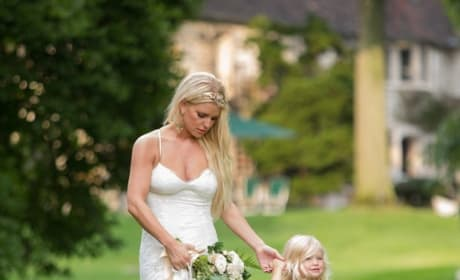 Jessica Simpson and Daughter