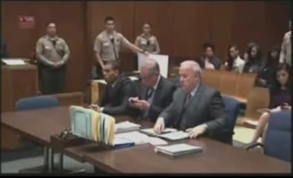 Chris Brown in Court: WITH RIHANNA!