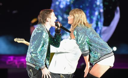 Taylor Swift to Boston Concert Crowd: Shut Up and Dance!