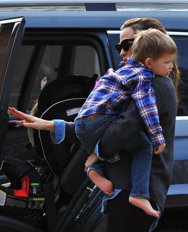 Jennifer Garner Carries Her Son To Their Car