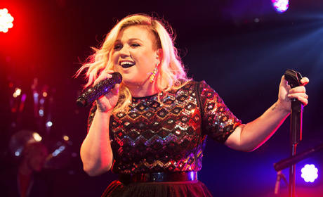 Kelly Clarkson Covers the Classics: A Compilation