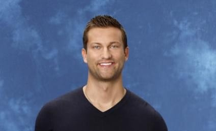 Chris Bukowski: Injured on Bachelor in Paradise!