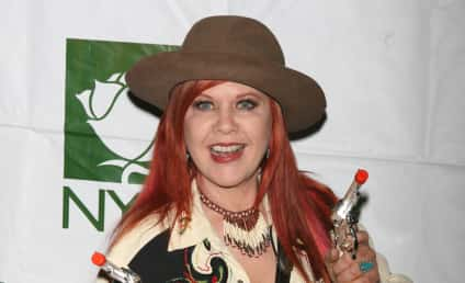 B-50 Ewwws: Kate Pierson Nude Photo Hits Internet