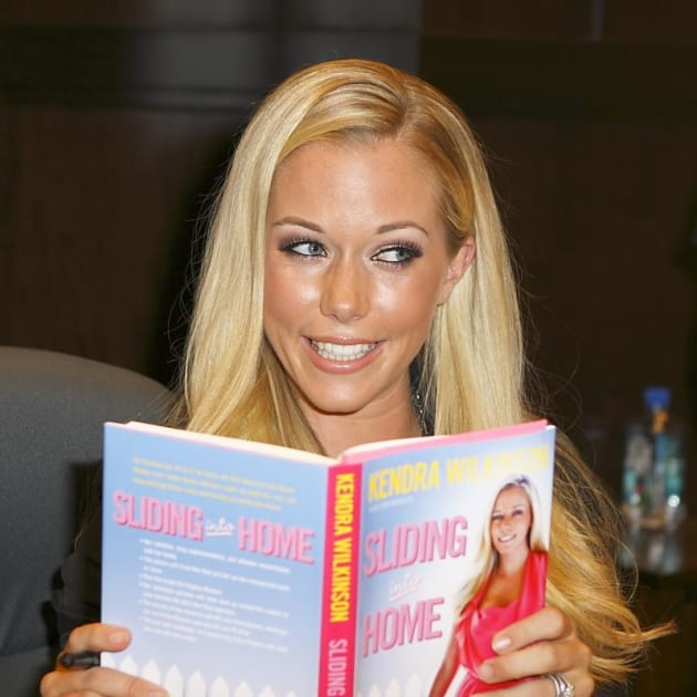 Kendra Reads!