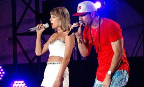 Sam Hunt Joins Taylor Swift in Concert: Watch!