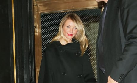 Cameron Diaz Paries Late