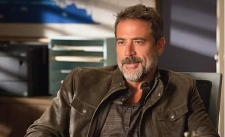 Jeffrey Dean Morgan as Jason Crause