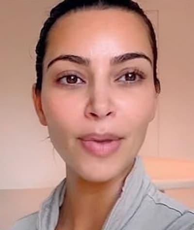 Kim Kardashian Shoots Herself