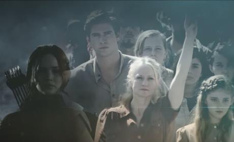 The Hunger Games Mockingjay Part 2 Trailer: For Prim…