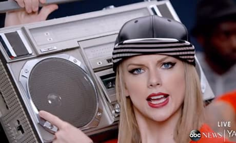 Taylor Swift Rapping